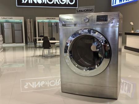 Las lavadoras y neveras más locas del momento: qué tecnología les están metiendo para querer cobrarnos más de 2.000 euros por ellas