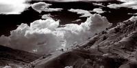 Karst Country: la fotografía infrarroja introducida en este onírico timelapse