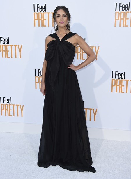 i feel pretty red carpet Olivia Culpo