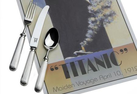 Ahora puedes comer con la replica de la cubertería del Titanic