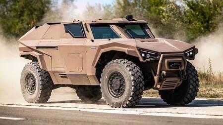 Arquus Scarabée, el primer vehículo militar híbrido blindado del mundo ya forma parte del ejercito francés