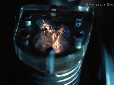Este motor en slow-motion es lo más alucinantemente hipnótico que vas a ver hoy