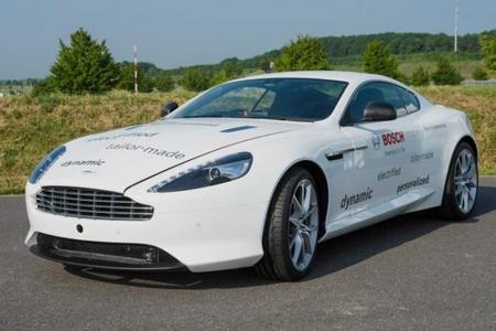 Bosch modifica un Aston Martin DB9 para convertirlo en un híbrido enchufable de tracción total