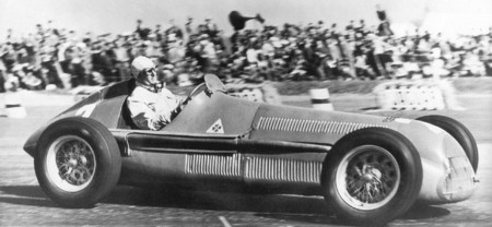 farina-alfa-romeo-gp-uk-1950