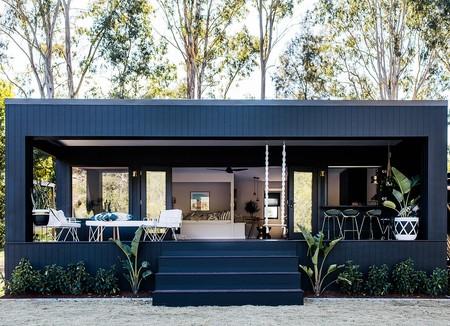 Una vieja caravana convertida en vivienda de vacaciones y acumuladora de las tendencias más chic 2018