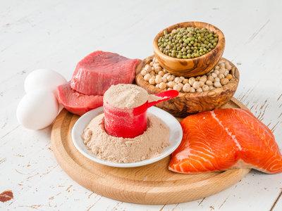 Esta es la cantidad óptima de proteína que tienes que tomar para ganar fuerza y masa muscular