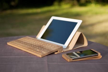 Este teclado inalámbrico de madera trae ese toque de naturaleza a tu ordenador o tablet
