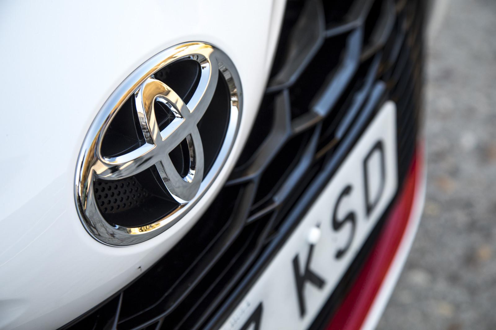 Foto de Toyota Yaris GR Sport - Exteriores (28/31)