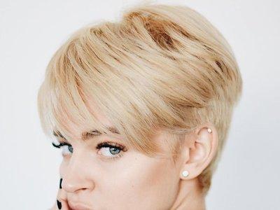 Si te gustó el cambio de look de Laura Escanes, toma nota de su proceso de transformación