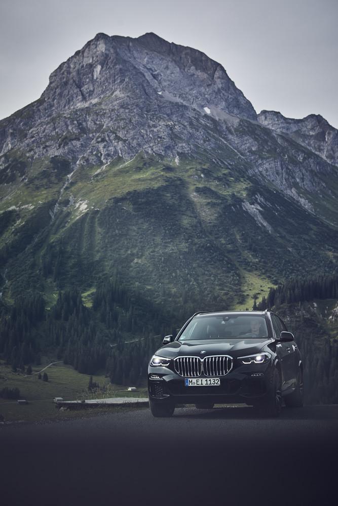Foto de BMW X5 xDrive45e (7/16)