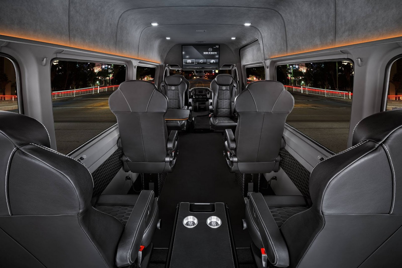 Foto de Brabus Mercedes-Benz Sprinter Conference Lounge (6/15)