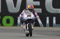 MotoGP Holanda 2011: Maverick Viñales encabeza el triplete español en 125
