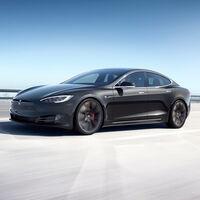 ¡Brutal Tesla Model S Plaid! El coche eléctrico definitivo con 1.100 CV, 840 km de autonomía y un 0 a 100 km/h en dos segundos para volar