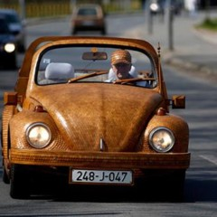 el-volkswagen-beetle-de-roble