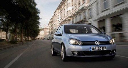 Por qué ese coche no rivalizará con el Volkswagen Golf (y otros clichés habituales)
