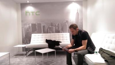 Dimite Jonah Becker, diseñador jefe de HTC, después de menos de un año en su cargo