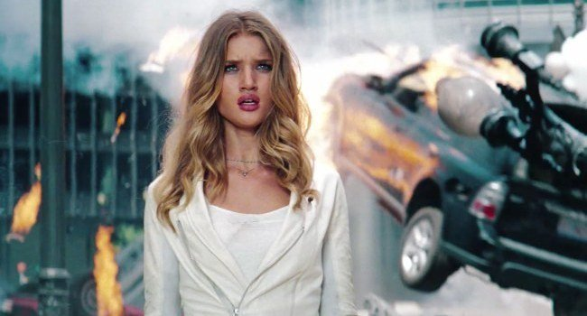 transformers-3-lado-oscuro-luna-2011-3d-rosie-huntington-whiteley.jpg