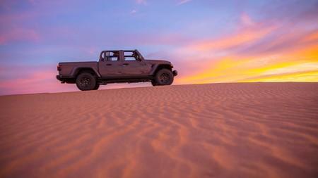 Jeep Gladiator Mojave 2020 8
