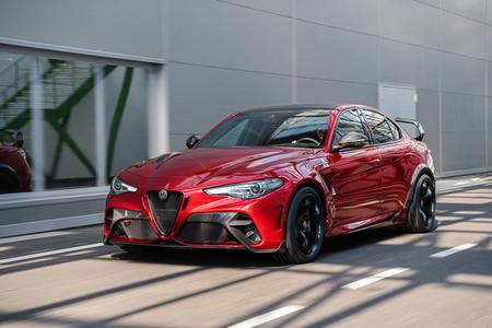 El Alfa Romeo Giulia GTAm de 540 CV es lo más bestia y bonito de la marca italiana, pero en serie limitada de 500 unidades