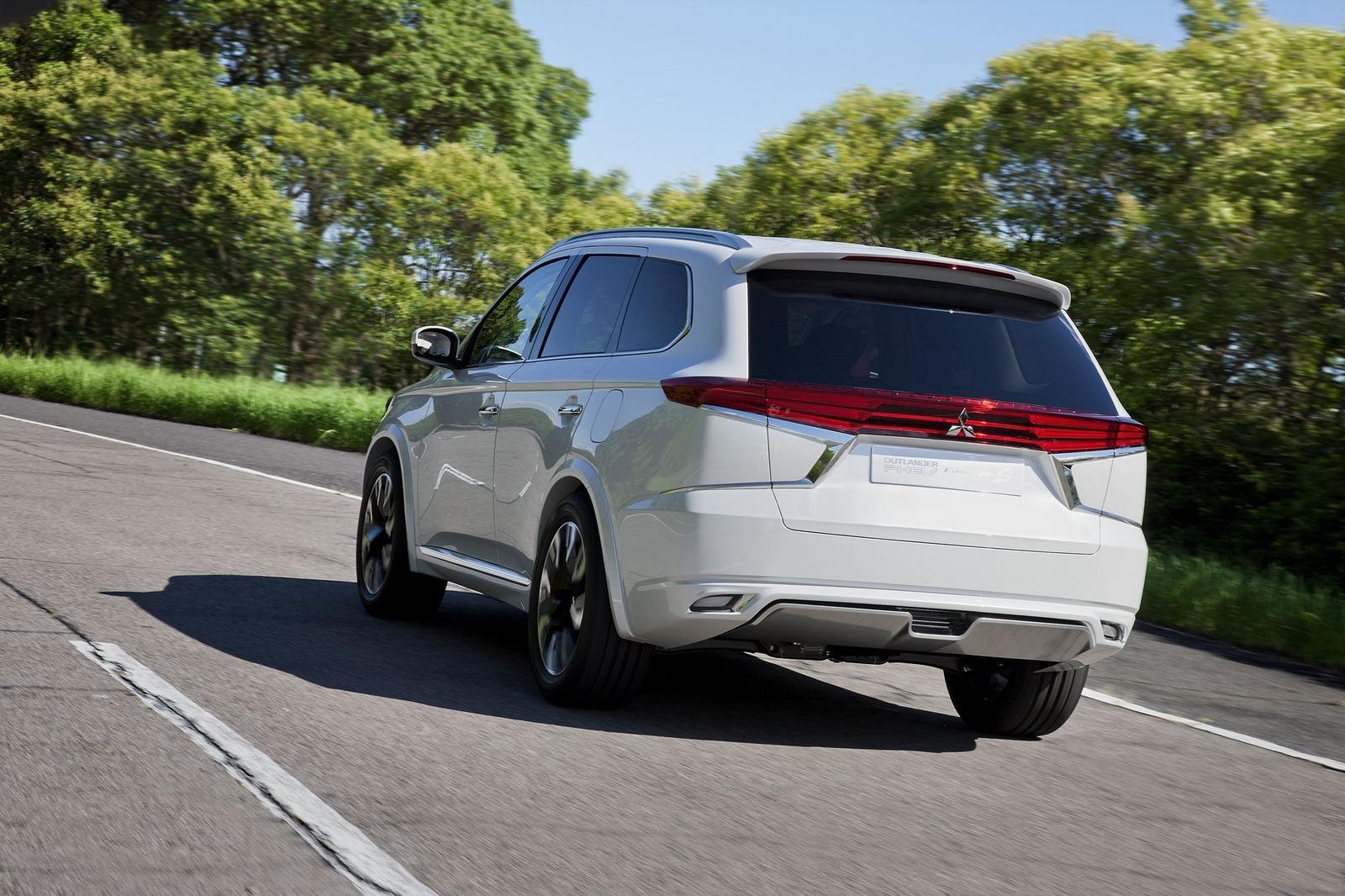 Foto de Mitsubishi Outlander PHEV Concept-S (41/49)