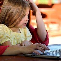 Los niños de familias con bajos ingresos escuchan decenas de millones menos de palabras en sus hogares por falta de dinero