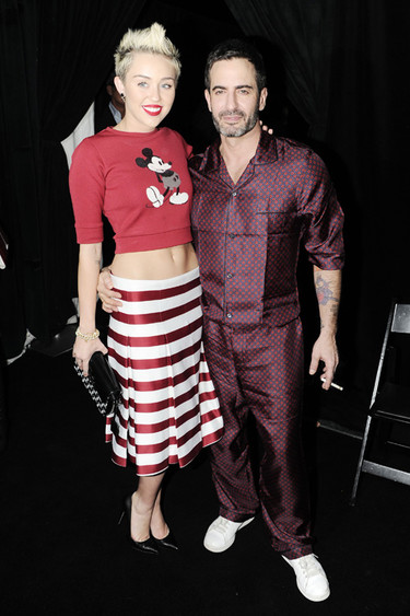 Las celebrities lucen ombligo con Marc Jacobs