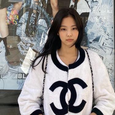 24 looks que demuestran que la cantante K-Pop Jennie (de BlackPink) luce Chanel de la forma más millennial