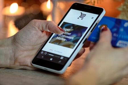 El móvil determina la decisión de compra en los comercios a pie de calle cada vez más