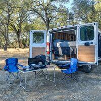 Tecnología para caravanas y furgonetas: 21 dispositivos y gadgets más allá del GPS para una escapada