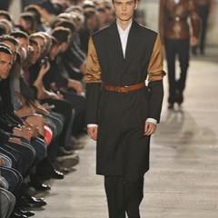Foto 4 de 10 de la galería raf-simons-primavera-verano-2010-en-la-semana-de-la-moda-de-paris en Trendencias Hombre