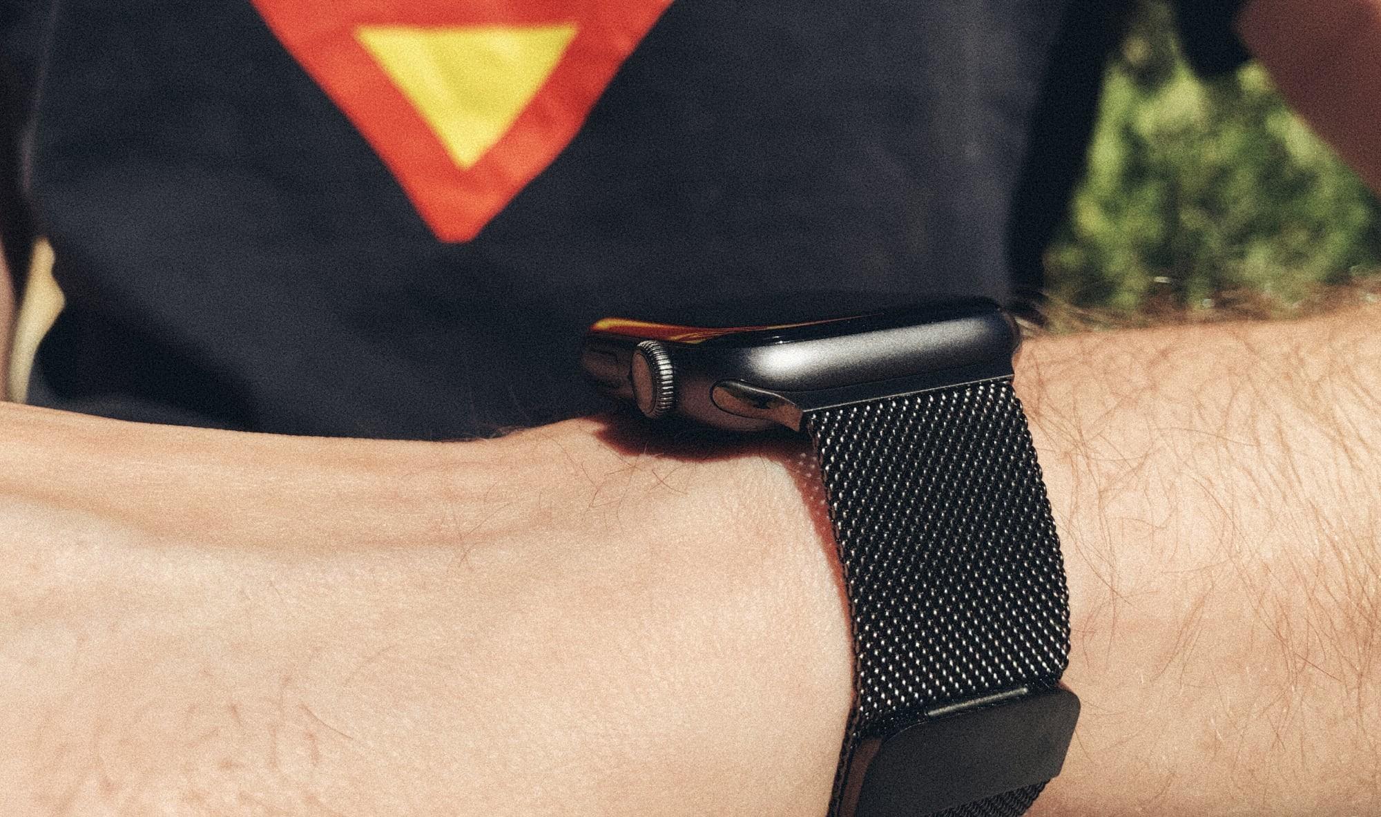 3b25b43e9 He probado 5 réplicas de las correas del Apple Watch: diseños casi  idénticos, precios muy diferentes