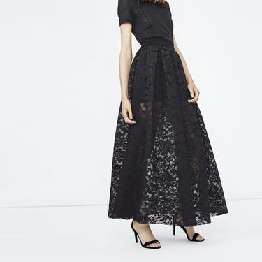 Las faldas de fiesta son la alternativa perfecta para enterrar el vestido esta Navidad