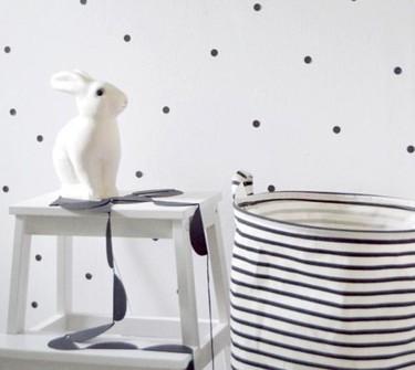 Cuatro ideas de cómo usar el blanco y negro en un dormitorio infantil