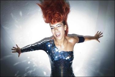 Eva Simons: la rival más agresiva de Lady GaGa y Rihanna