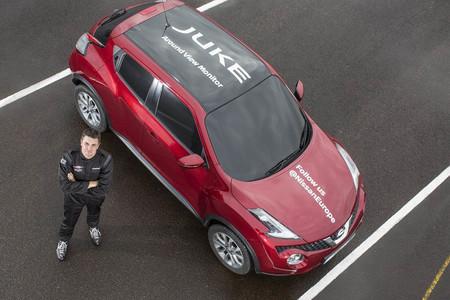 Nissan Juke establece récord mundial de giro, gracias a sus cámaras de visión periférica