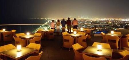 La terraza en la cima del Jumeirah Beach Hotel