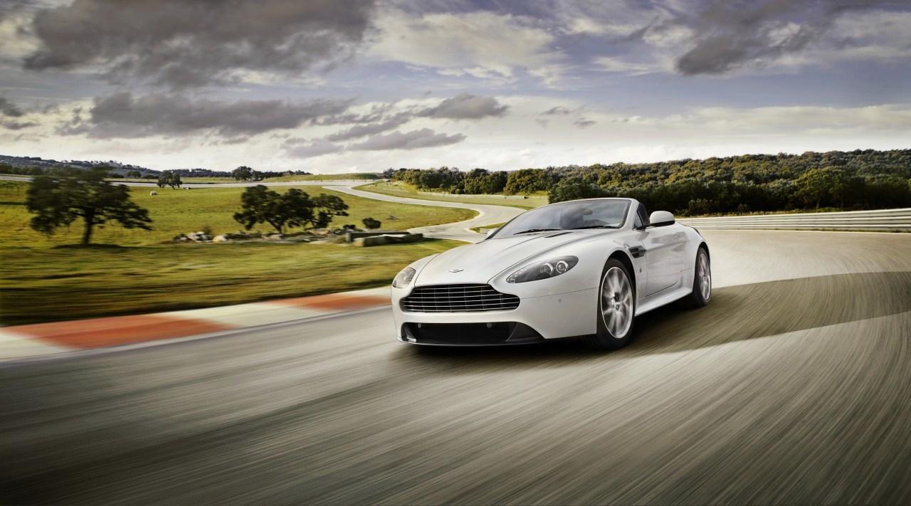 Foto de Aston Martin V8 Vantage S  (2/10)