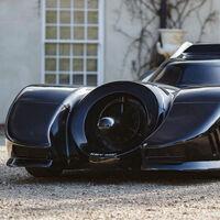 Este espectacular Batimóvil es un Mustang con V8 de Chevrolet, y está en subasta