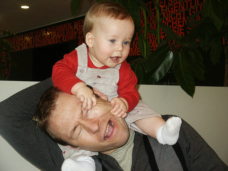 ¿Qué hago si mi hijo muerde o pega?
