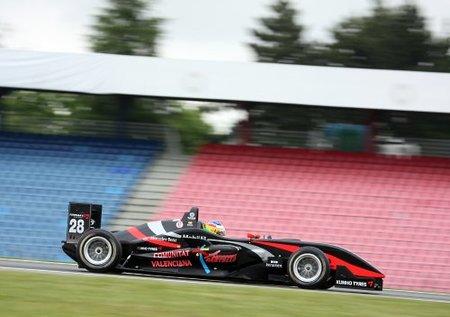 Roberto Merhi comienza con buen pie en la F3 Euroseries