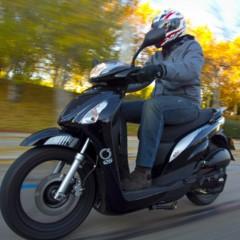 Foto 22 de 53 de la galería mx-motor-c5-125-primer-scooter-de-rueda-alta-de-la-marca-espanola en Motorpasion Moto
