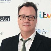 'Doctor Who': Russell T. Davies regresa como guionista jefe trece años después de dejar la serie