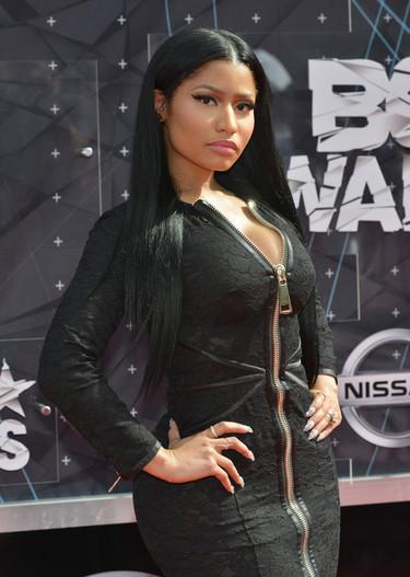 La cremallera de Givenchy que no quiso subir el estilo de Nicki Minaj