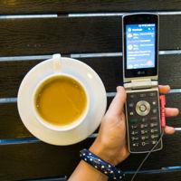 LG Wine Smart: ¿tiene sentido un móvil de tapa en la era de las pantallas táctiles?
