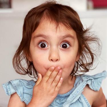 La hilarante conversación entre una maestra de infantil y sus alumnos sordos, al descubrir éstos que los pedos pueden escucharse