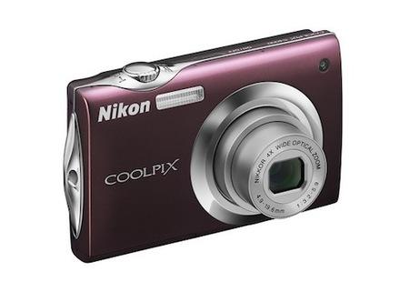 nikon-s4000.jpg