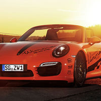 Esto es lo que pasa cuando dejas el Porsche 911 Turbo S Cabrio en manos de Wimmer