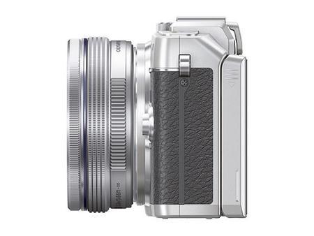 pen_e-pl7_ez-m1442ez_silver__product_090.jpg