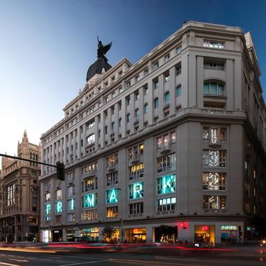 La reapertura de la tienda de Primark de Gran Vía deja colas kilométricas en pleno centro de Madrid