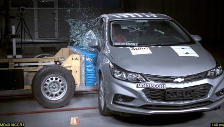 Prueba de choque Chevrolet Cruze